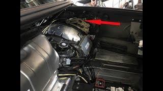 Mercedes SL500 R230 right trunk lid lock hydraulic cylinder removal