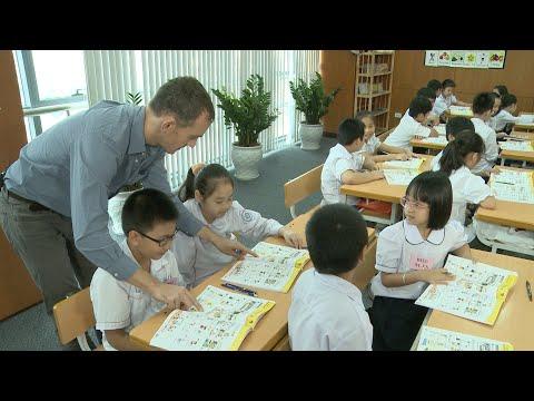 Demo tiết giảng mẫu Tiếng Anh 3 Tập 1 : Tiết 3/ Unit 6/ Lesson3