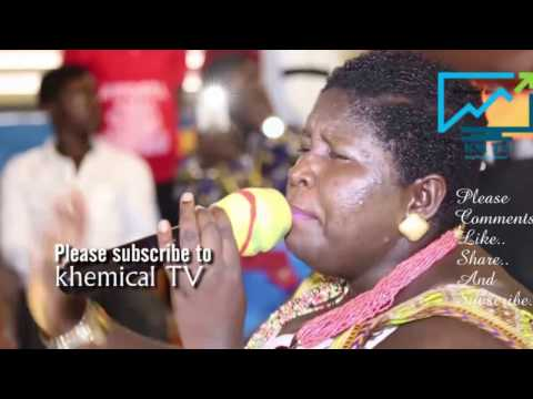 Onyame Ba Betty's worship stream tears in the auditorium