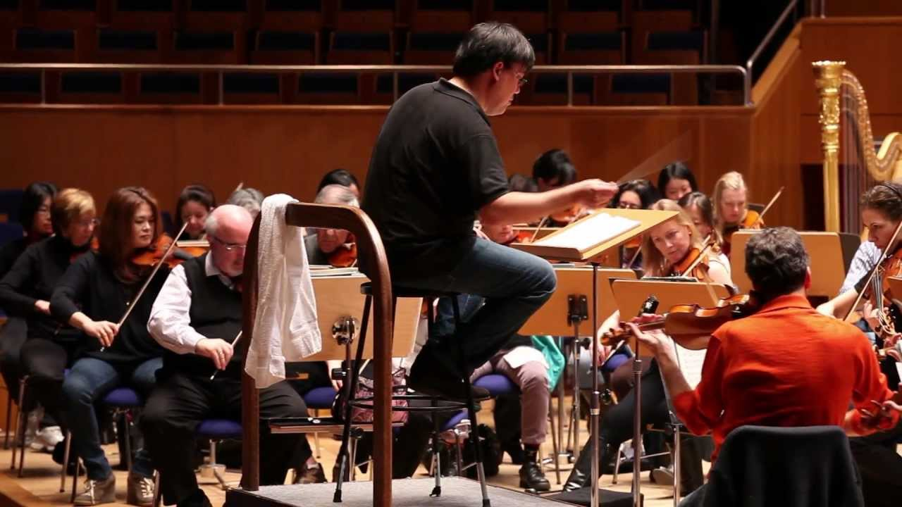 Alan Gilbert and the Philharmonic Rehearse Mahler in Düsseldorf, 02/11/12