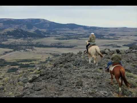 Estancia del Zorro & Senderos Patagonia Horseback Tours