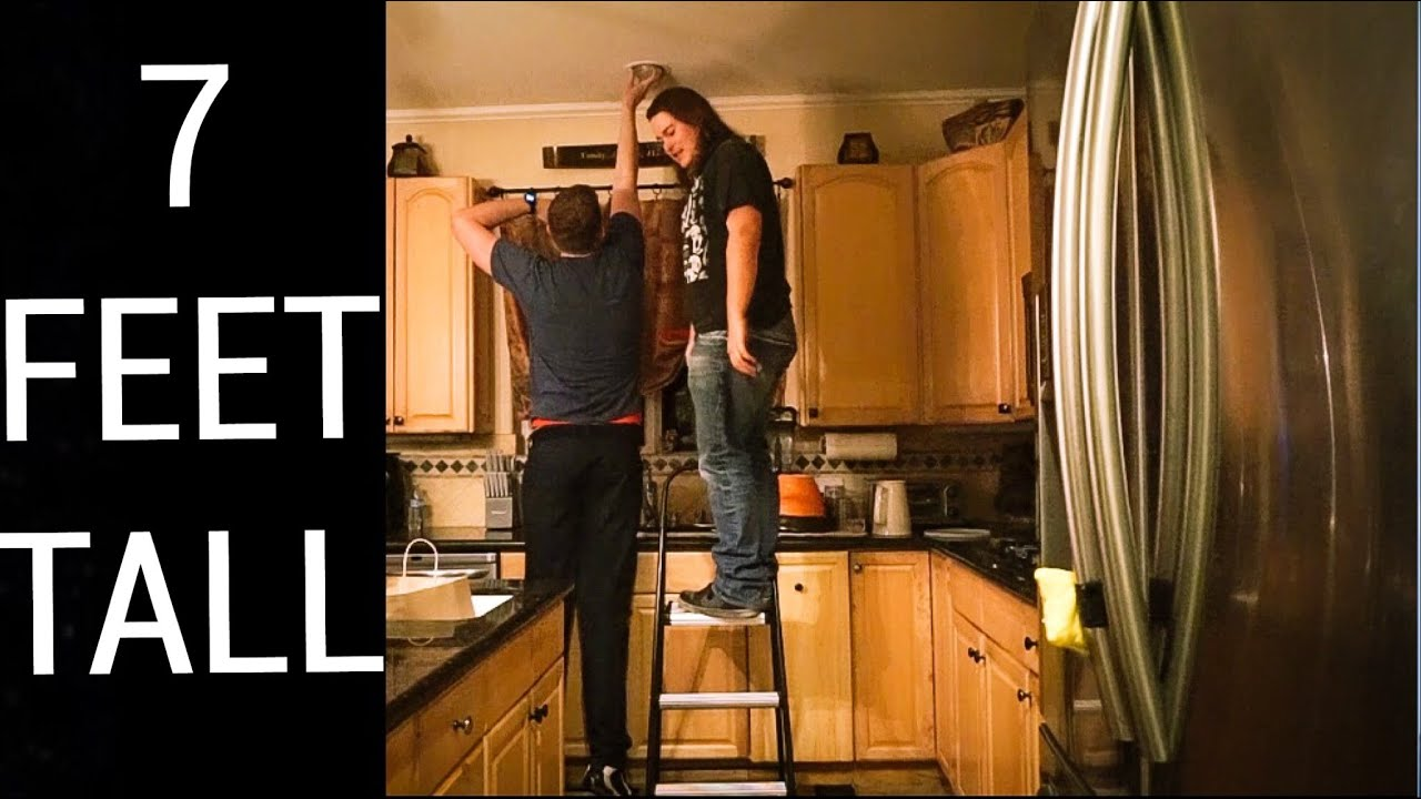 WHY ITS FUN TO BE TALL (as a 7 foot guy) - YouTube