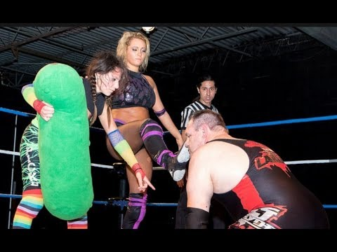 Maria Manic & Sammi Pickles vs. DJ Hyde [Intergender Match] [A Matter of Pride 9/18/16]