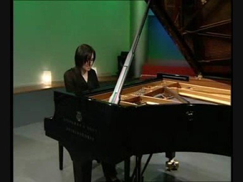 Evgenia Rubinova spielt Brahms' Capriccio op. 116/1