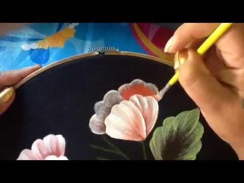Pintura en tela blusa negra 4 con cony youtube - Flores de telas hechas a mano ...