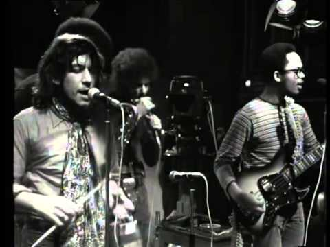 Eric Burdon & War - Spirit/Love Is All Around/Train Train (Live, 1971)