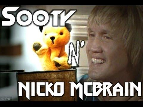 le nounours marionnette de nicko mcbrain: the sooty show - Hidden Talent