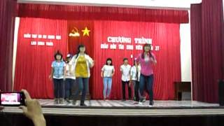 Nhảy Hoedown Throwdown - nhóm CNS K36 :D