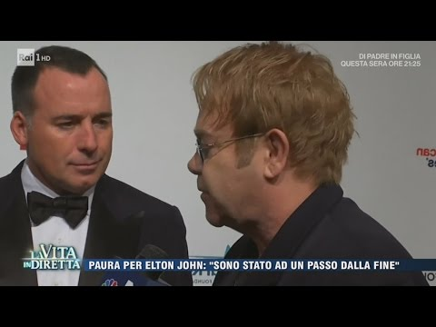 """Elton John: """"Sono stato ad un passo dalla fine"""" - La Vita in Diretta 26/04/2017"""