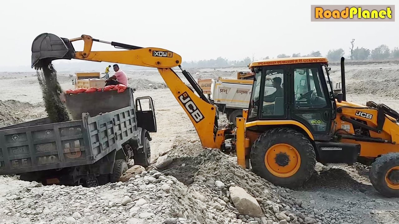 Lazy Driver In Jcb Dozer Jcb Dozer Loading Stone In Truck Jcb Video