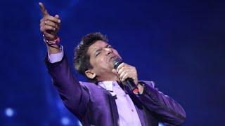 Gambar cover Naz Choudhury Presents: Shaan Singing Live Behti Hawa Sa Tha Woh @The O2 London UK Bollywood Concert