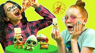 Littlest Pet Shop - Friends Opening a Case of LPS Blind Boxes and Pretend Play