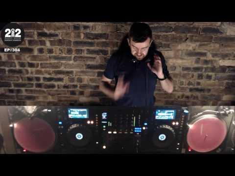 212 Radio Show Ep 304 - Darren Summers