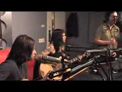 Shinedown - Save Me (Acoustic on 92.3 K-Rock)