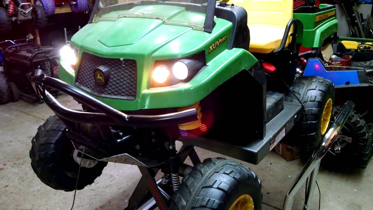 custom 4x4 24 volt peg perego gator youtube. Black Bedroom Furniture Sets. Home Design Ideas
