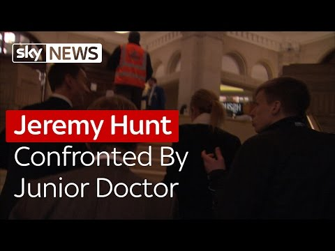 Health Secretary Jeremy Hunt Confronted By Junior Doctor