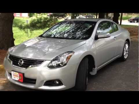2012 Nissan Altima Coupe V6 Review, Walk Around, Start Up & Rev, Test Drive