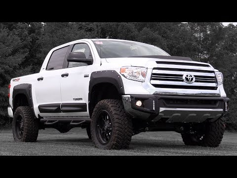 2017 Toyota Tundra: Review