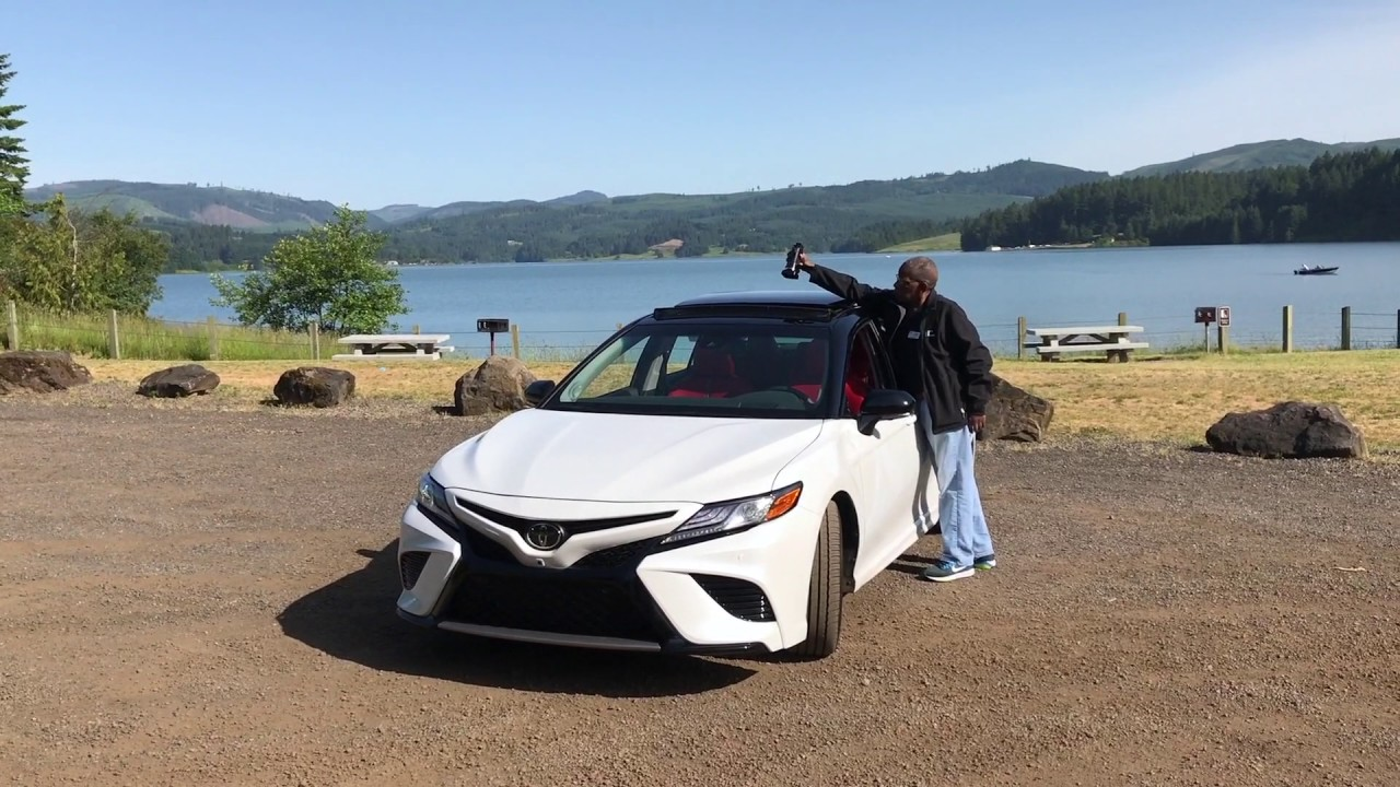 2018 toyota camry xse v6 quick look youtube. Black Bedroom Furniture Sets. Home Design Ideas