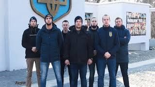 Національний Корпус в Херсоні вказав ляльці Кремля на її місце