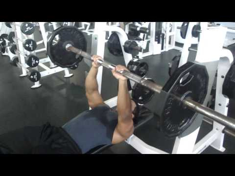 Close grip chest press!!!