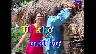 Hai Ut Kho Mat Vo