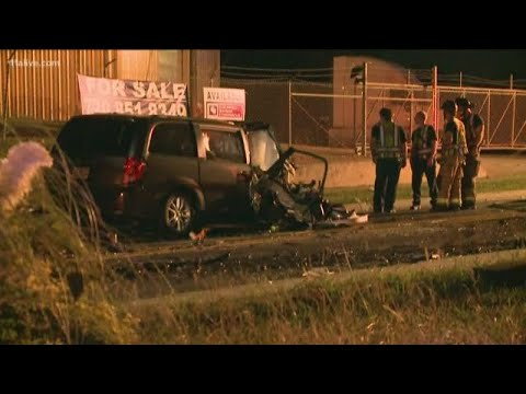 Fiery Two-vehicle Wreck On Atlanta's West Side Kills 1, Leaves 4 Critically Injured