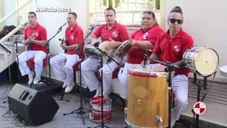 Aniversário com grupo de samba no salão de festas do prédio - Apito de Mestre