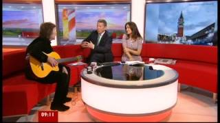 STEVE HACKETT-GENESIS REVISITED 2-BBC BREAKFAST-24.10.2012