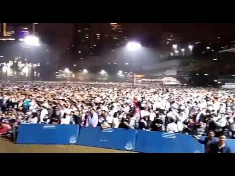 Hong Kong policemen stage mass rally