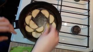 Творожная запеканка на сковороде с грушей, быстрая творожная запеканка, самый вкусный рецепт