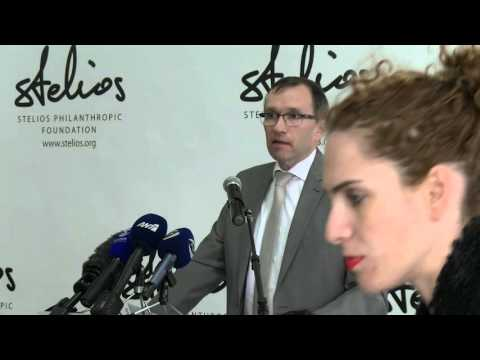 """""""2016: A year of hope and opportunity for Cyprus"""" - SASG Eide at the Stelios Bicommunal Cafe"""
