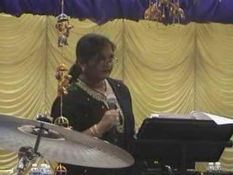 Kabhi Khushi Kabhi Gham Karaoke Bina Patel @ CCI