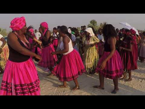 Women dancing at a wedding in the North of Namibia, 9.09.2017
