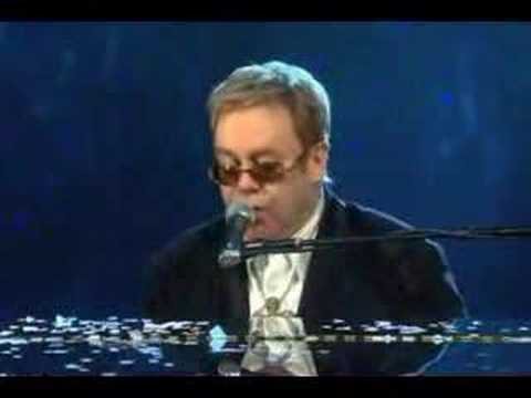 Elton John - Mona Lisas And Mad Hatters (Live)