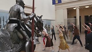 Метрополитен-музей в Нью-Йорке превратился в спортплощадку(новости)