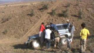 frontier 4x4 club bj74 nearly flipped