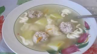 Суп с фрикадельками и сырными клёцками детям на обед