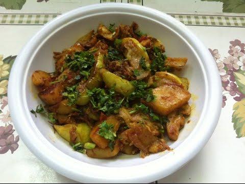 Punjabi Aloo Baingan Ki Sabzi | Potato & Eggplant Vegetable (In Hindi)  Subtitles In English