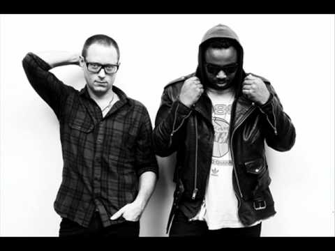 House of House - Rushing to Paradise (Walkin' These Streets) (Tapesh remix)