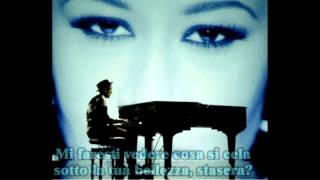 Labrinth feat Emeli Sandé - Beneath your beautiful (Traduzione italiana)