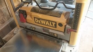 How To Change/rotate Blades On Dewalt Planer-dw734