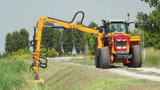 Macchine per lo sfalcio dell'erba e vegetazione arbustiva in ampi s...