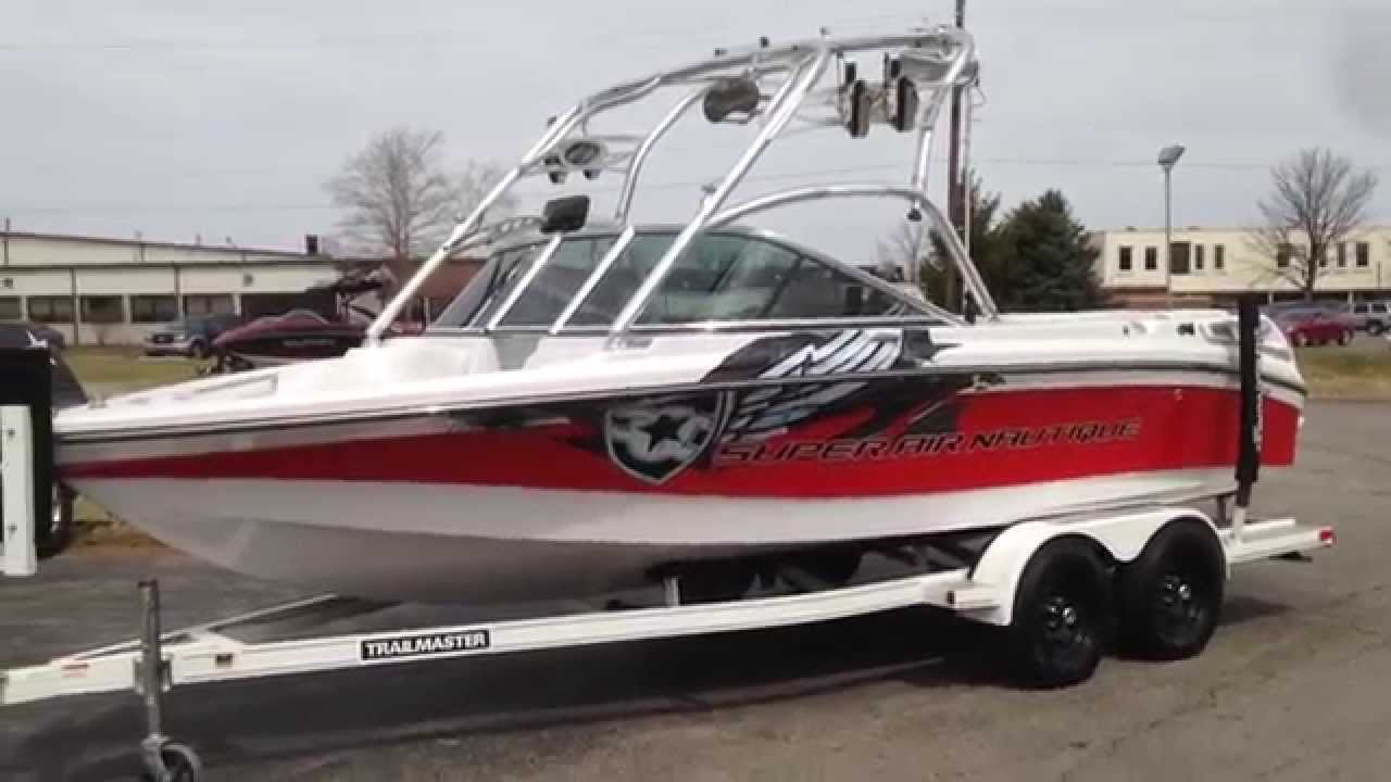 2007 Super Air Nautique 210 Patriot Red Silver Cloud Walk Around