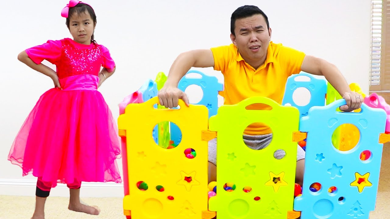 Jannie aprende las formas con juguetes | Video Educativo para niños