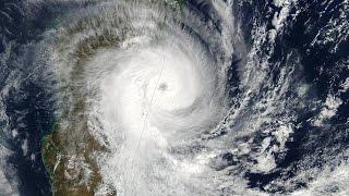 MANOU - Un cyclone au mois de mai