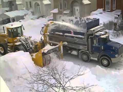 פינוי שלג בקנדה