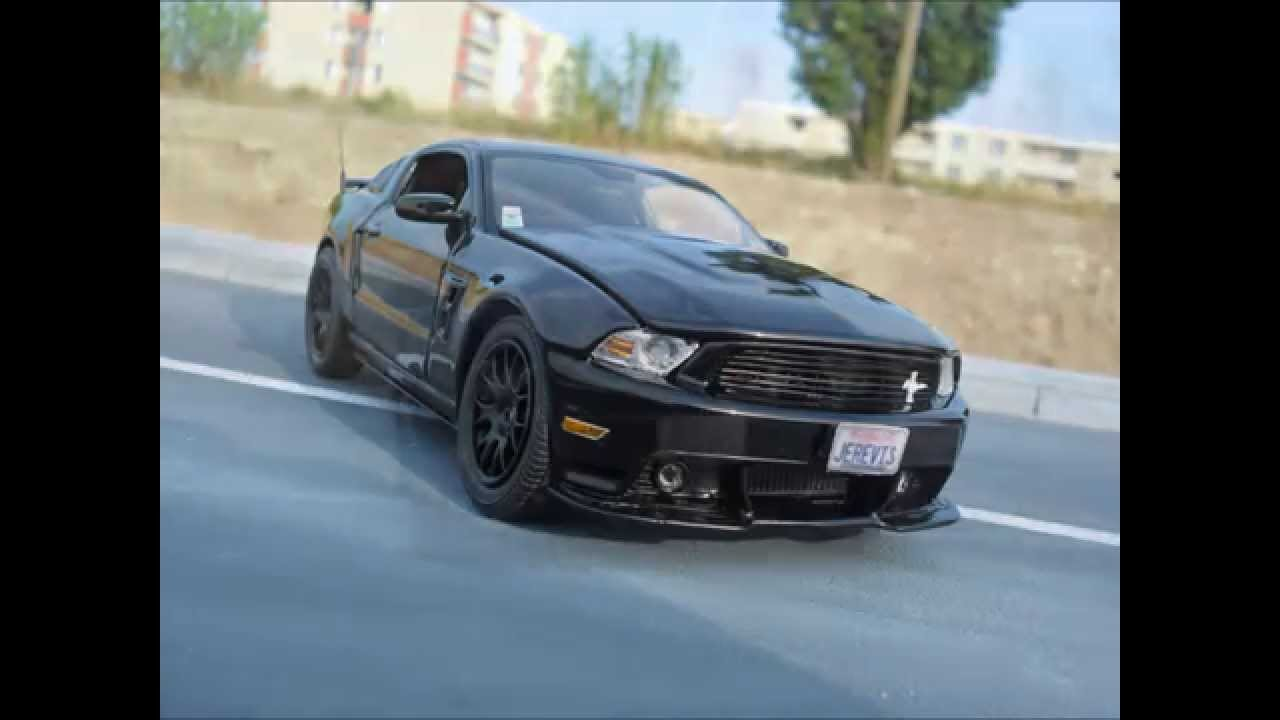 Ford Mustang GT/CS 2011 California Special 1/24 - YouTube