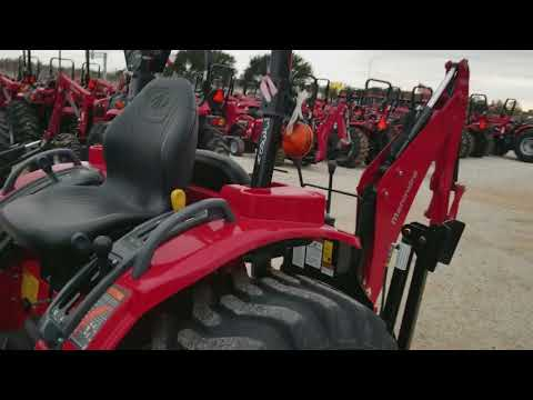 Mahindra 1526 shuttle Shift 4w/d tractor w/loader and