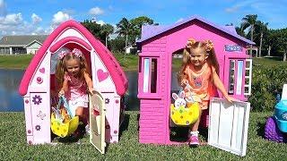 Diana y Lera vendiendo galletas consiguen juguetes